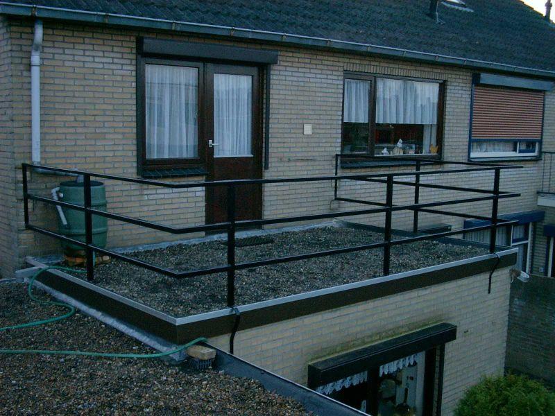 https://www.siersmederijpladdet.nl/wp-content/uploads/2020/08/balkonhek-carpentier-2001-1.jpg