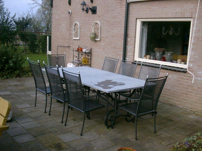 https://www.siersmederijpladdet.nl/wp-content/uploads/2020/11/8-persoons-tafel-met-arduin-1-1.jpg