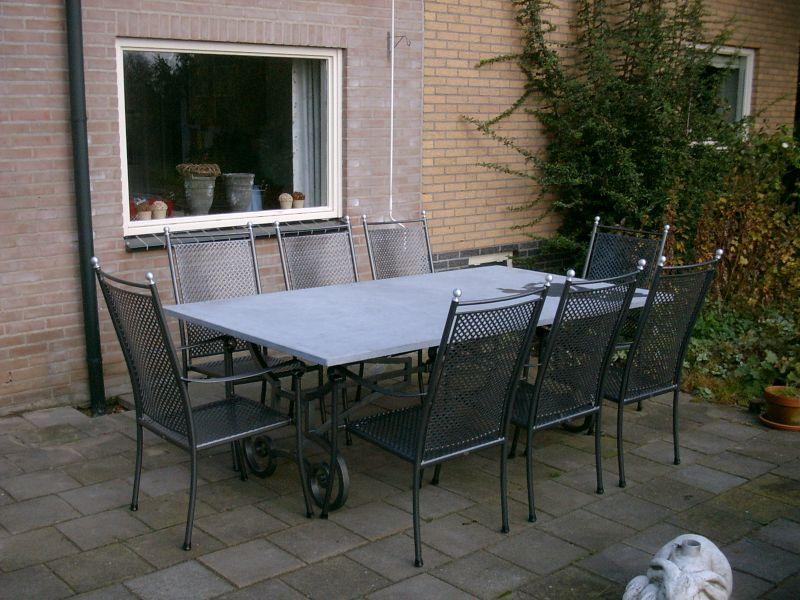 https://www.siersmederijpladdet.nl/wp-content/uploads/2020/11/8-persoons-tafel-met-arduin.jpg