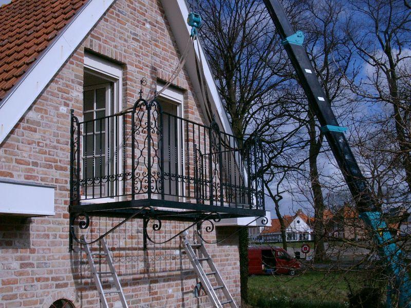 https://www.siersmederijpladdet.nl/wp-content/uploads/2020/11/balkonhekwerk-met-maeda-1.jpg