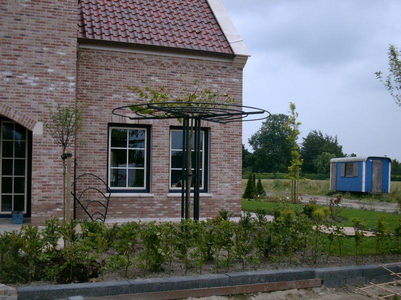 https://www.siersmederijpladdet.nl/wp-content/uploads/2020/11/dakplantaan-1.jpg