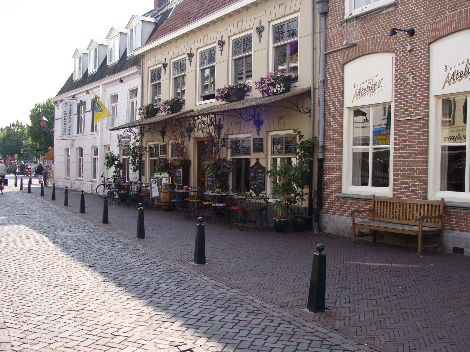 https://www.siersmederijpladdet.nl/wp-content/uploads/2020/11/en-passant-1.jpg