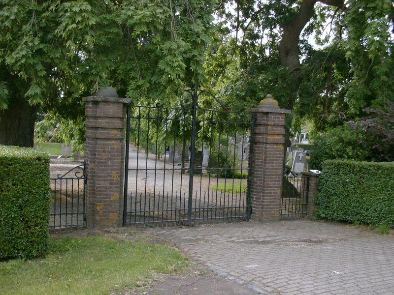 https://www.siersmederijpladdet.nl/wp-content/uploads/2020/11/hek-begraafplaats-sluis3.jpg