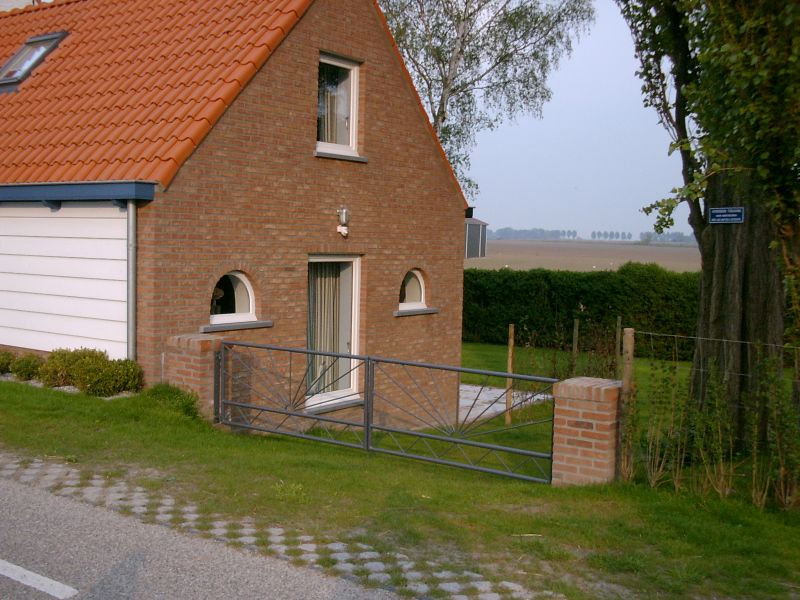 https://www.siersmederijpladdet.nl/wp-content/uploads/2020/11/hek-vd-Geer-vakantiehuis.jpg