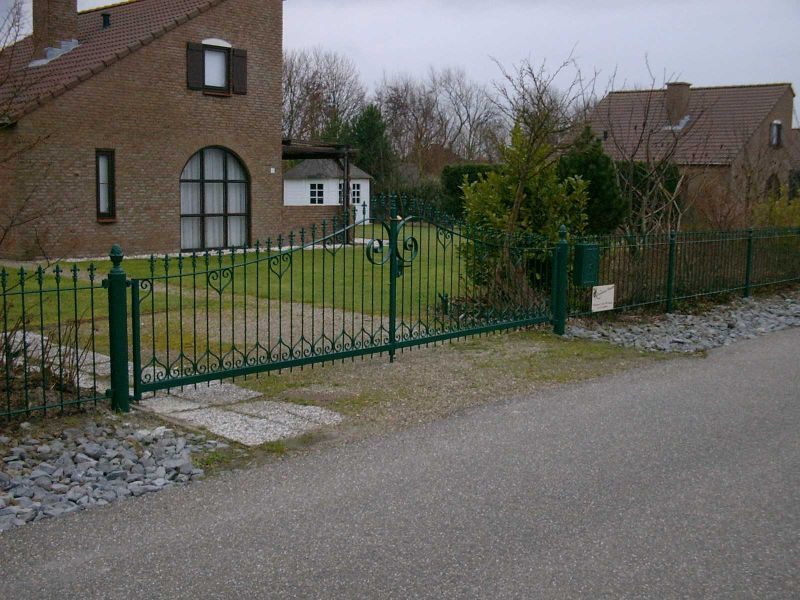 https://www.siersmederijpladdet.nl/wp-content/uploads/2020/11/hekwerk-kuhnne-2001-1.jpg