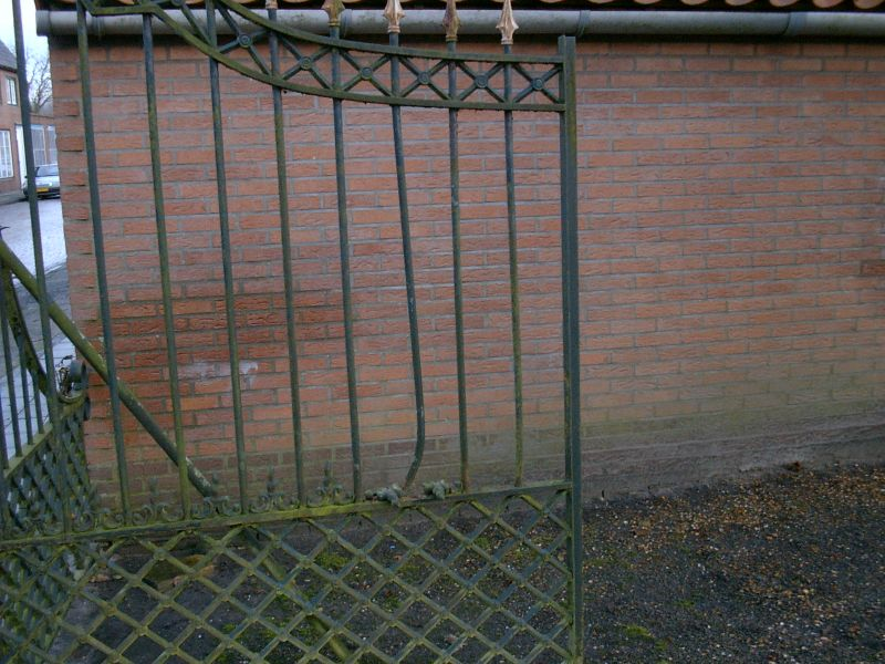 https://www.siersmederijpladdet.nl/wp-content/uploads/2020/11/schade-hekwerk-landstraat-kerkhof.jpg