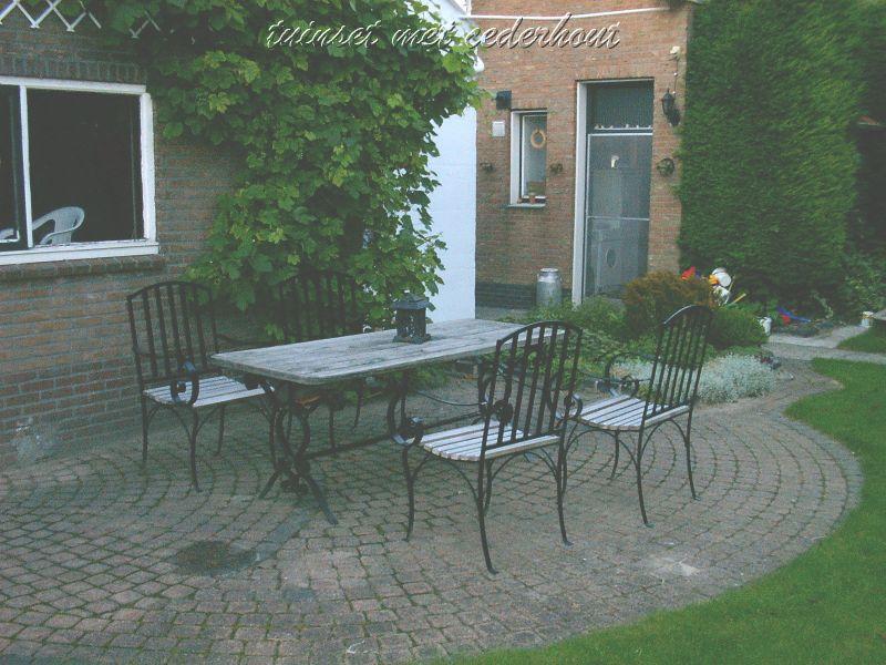 https://www.siersmederijpladdet.nl/wp-content/uploads/2020/11/tafel-zelf-1.jpg