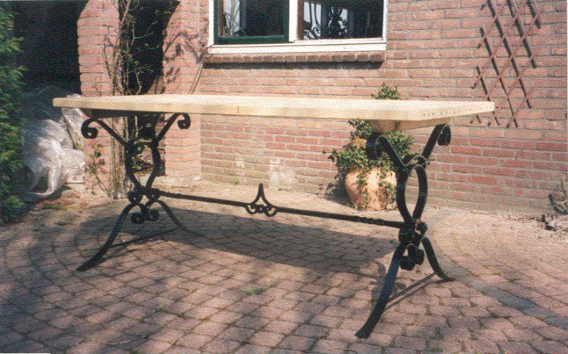https://www.siersmederijpladdet.nl/wp-content/uploads/2020/11/talel-met-hout-zelf.jpg