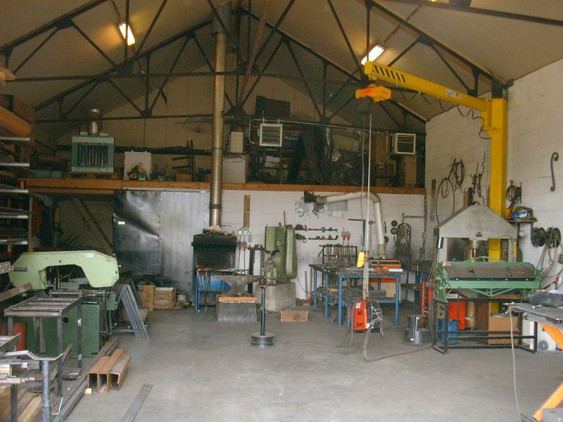 https://www.siersmederijpladdet.nl/wp-content/uploads/2020/11/werkplaats-2005-1.jpg